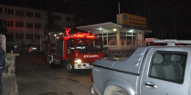 Belediyenin araç deposunda yangın