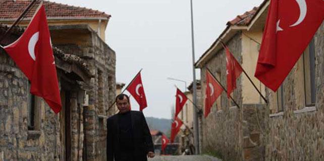 Bu köyde her eve bayrak asıldı çünkü