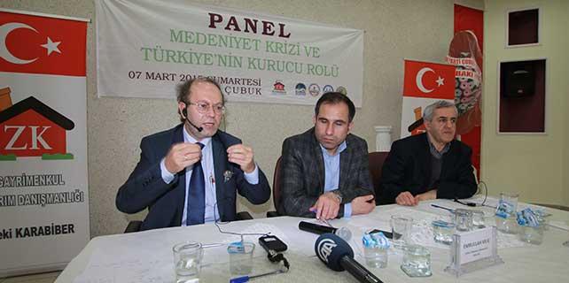 """Çubuk'ta """"Medeniyet Krizi ve Türkiye'nin Kurucu Rolü"""" paneli"""