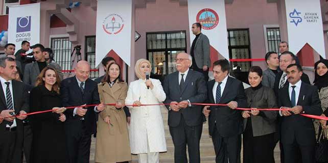 Cumhurbaşkanı Erdoğan'ın eşi Emine Erdoğan, Şanlıurfa'da