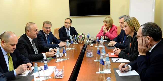 Dışişleri Bakanı Çavuşoğlu Letonya'da