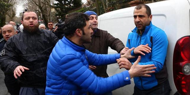 Erol Büyükburç'un cenazesinde şok protesto