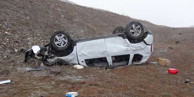 Erzurum'da otomobil şarampole devrildi: 1 ölü