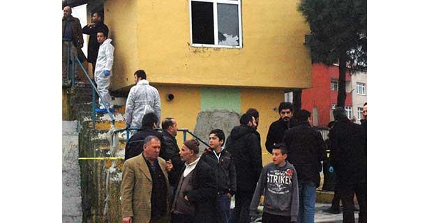 Eyüp'te metruk binada erkek cesedi bulundu