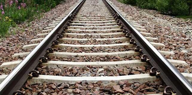 Fransa'da demiryolu çalışanlarından iş yavaşlatma eylemi