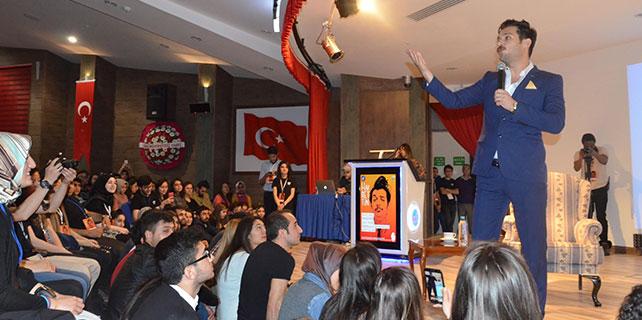 Hayrettin, Kırıkkale Üniversitesi öğrencileriyle buluştu