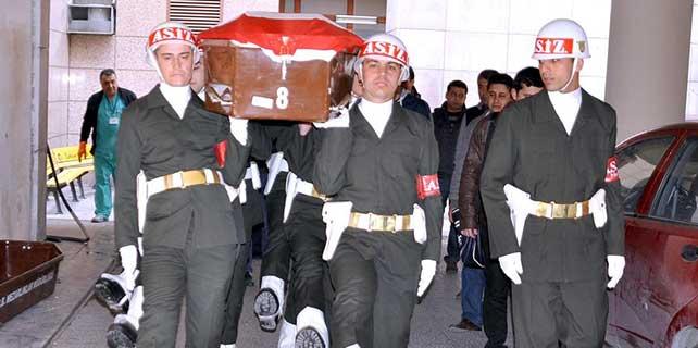 İzmir'de astsubay intihar etti