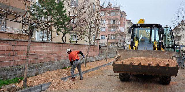 Karaman'da yol ve kaldırım çalışmaları