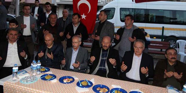 Kılıçdaroğlu, Başkan Yaşar'la şehit evinde