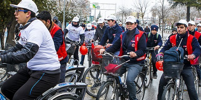 Konya'da Çanakkale şehitleri için pedal çevirdiler