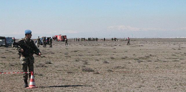 Konya'da düşen uçakta şehit olan pilotların isimleri açıklandı