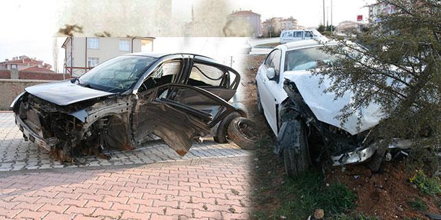 Konya'da iki otomobil çarpıştı