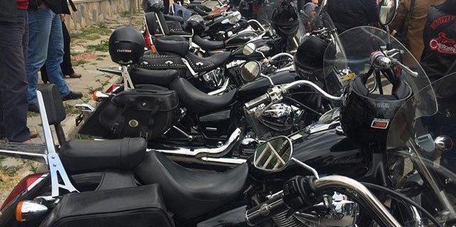 Motosiklet hayranları bir araya geldi