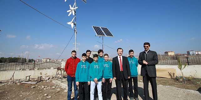 Öğrenciler okullarının elektriğini üretecek