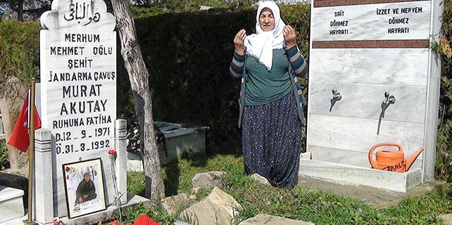 Şehit annesinin mezar isyanı