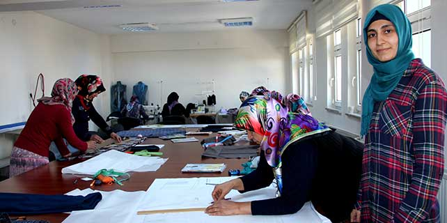 """Seydişehir""""de kadın üst giysileri dikimi kursu"""