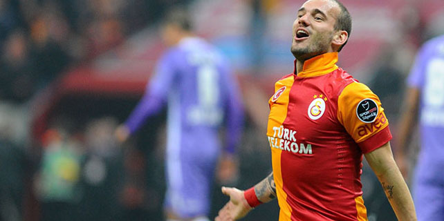 Sneijder'den Sinan Gümüş'e övgü