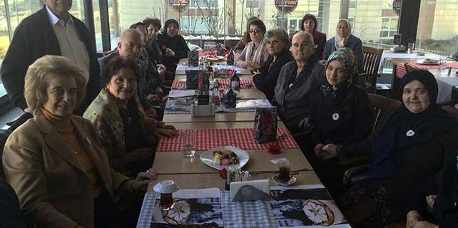 """""""Srebrenitsalı Anneler"""" Dünya Kadınlar Günü'nde Türkiye'de"""