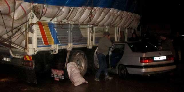 Tokat'ta otomobil ile kamyon çarpıştı: 1 ölü, 1 yaralı
