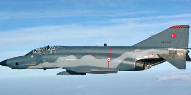 TSK'dan F-4 uçaklarıyla ilgili flaş karar