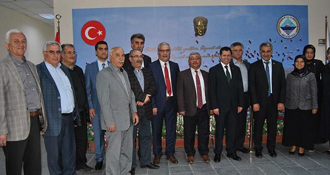 AK Parti Konya milletvekili adayları Kulu Belediyesini ziyaret etti