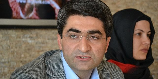 AK Parti'de şok: Adaylıktan çekildi
