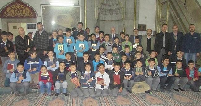 Akşehir'de Kur'an-ı Kerim okuma yarışması