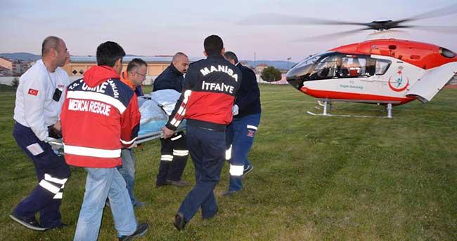 Bacağı kopan kişi ambulans helikopterle hastaneye kaldırıldı