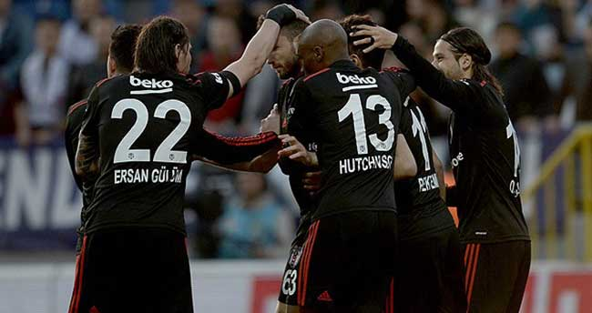 Beşiktaş maç fazlasıyla zirvede