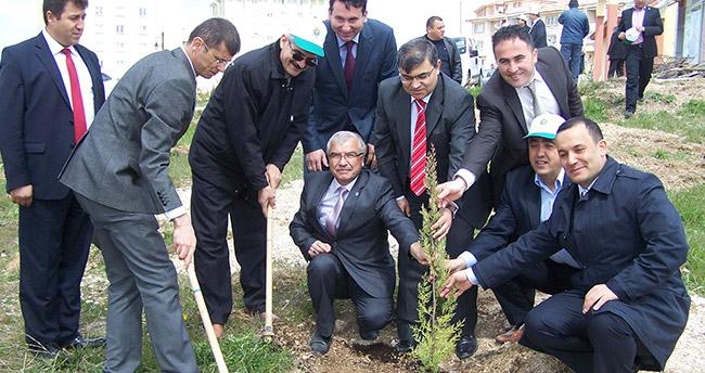 Beyşehir'de ağaçlandırma çalışmaları