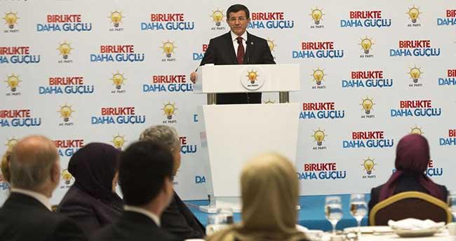 Davutoğlu, AK Parti milletvekilleriyle bir araya geldi