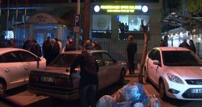 Fenerbahçe şubesine bıçaklı ve satırlı saldırganlar daldı
