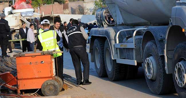 Kahramanmaraş'ta beton mikserinin çarptığı işitme engelli öldü
