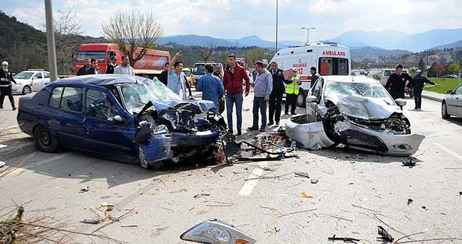 Karabük'te zincirleme trafik kazası: 5 yaralı