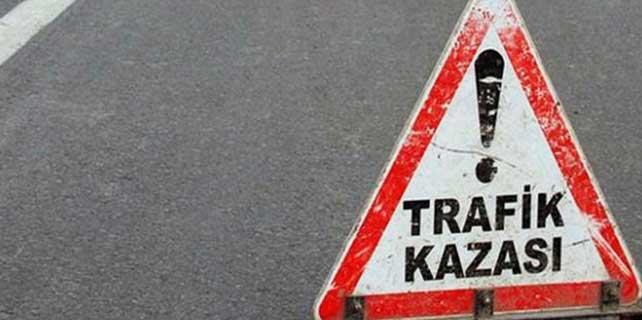 Kayseri'de kayalara çarptı: 2 yaralı