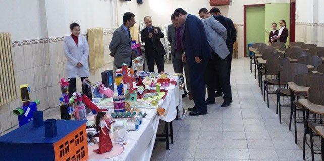 Konya'da atık malzemelerden oyuncak sergisi