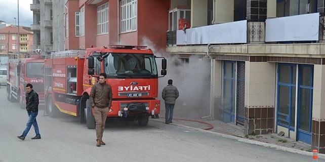 Konya'da iş yeri deposunda yangın