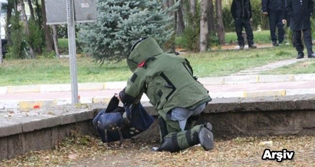 Konya'da şüpheli çanta fünyeyle patlatıldı