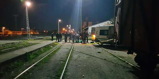 Konya'da trenin çarptığı genç öldü