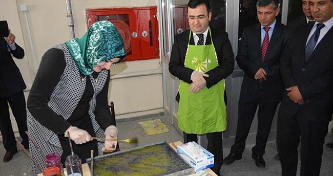 Kulu'da Ebru sergisi açıldı