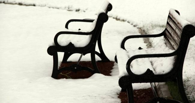 Nisan'da lapa lapa kar!