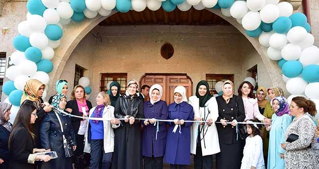 Sare Davutoğlu, Kadın Koordinasyon Merkezi açılışına katıldı