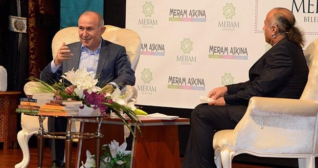 Tarihçi-Yazar Ahmet Şimşirgil Konya'da konferans verdi