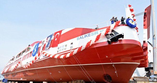 Türkiye'nin en büyük yolcu gemisi denize indi