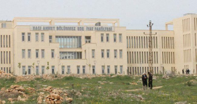 Üniversite kana bulandı: 1 ölü 4 yaralı