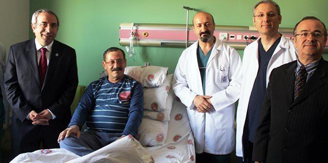 Van'da narkozsuz kalp ameliyatı
