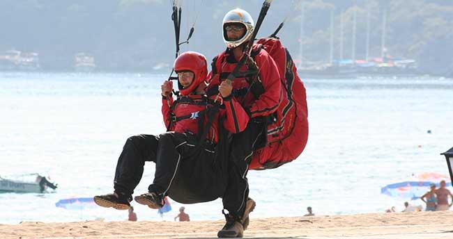 """""""Yamaç paraşütü eğitimi için okul açılmalı"""" önerisi"""