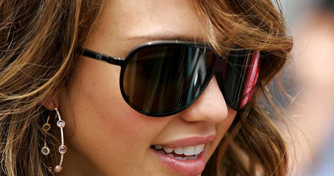Yaz aylarında bilinçli güneş gözlüğü seçimi önemli
