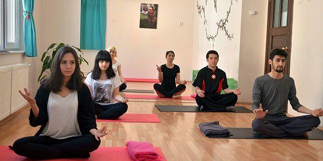 Yogayla yaza hazırlanıyorlar