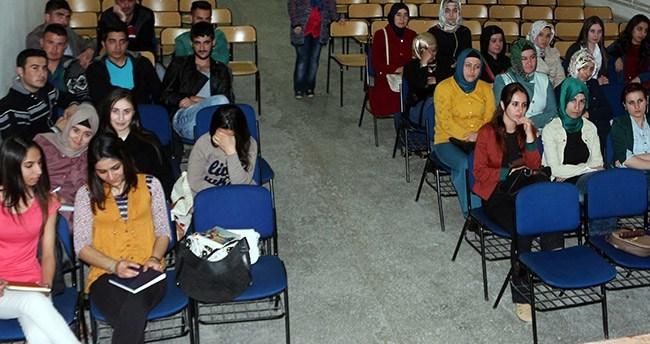 Yunak'ta İş-Kur destekli ön muhasebe kursu açıldı